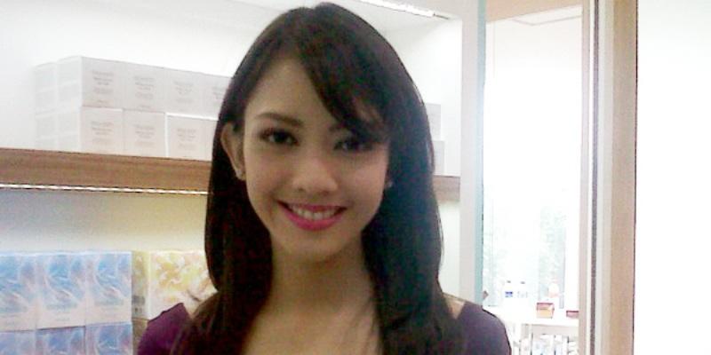 https: img.okeinfo.net content 2018 04 16 33 1887072 selamat-ririn-dwi-ariyanti-lahirkan-anak-ke-3-cqhUqtnXLT.JPG