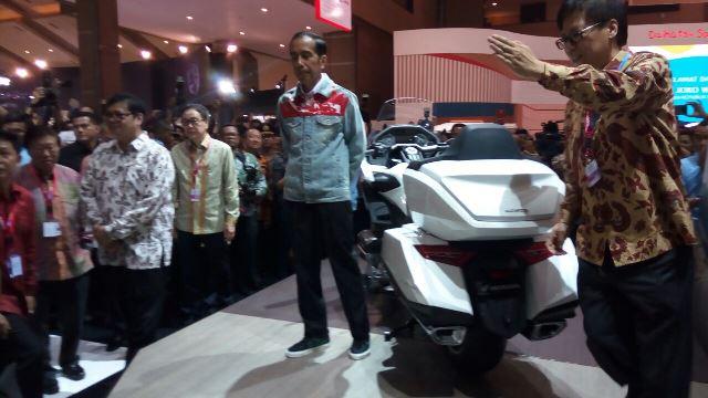 Otomotif Mail: Hadiri Acara IIMS, Jokowi: Revolusi Industri 4.0 Akan