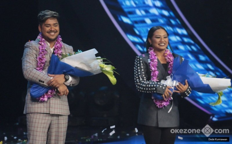 https: img.okeinfo.net content 2018 04 23 598 1890566 heboh-adu-yel-yel-fans-abdul-maria-jelang-result-show-indonesian-idol-jNL1CxC56K.jpg