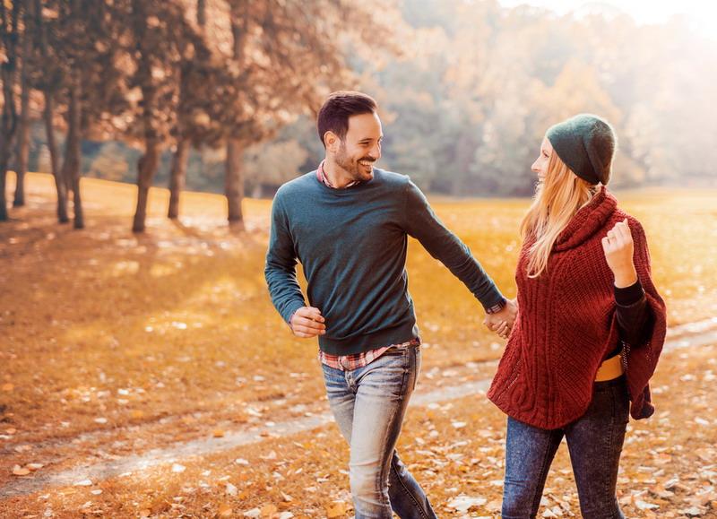Dilansir dari Yourtango, berikut adalah 6 hal mengapa media sosial bisa merusak hubungan kalian.