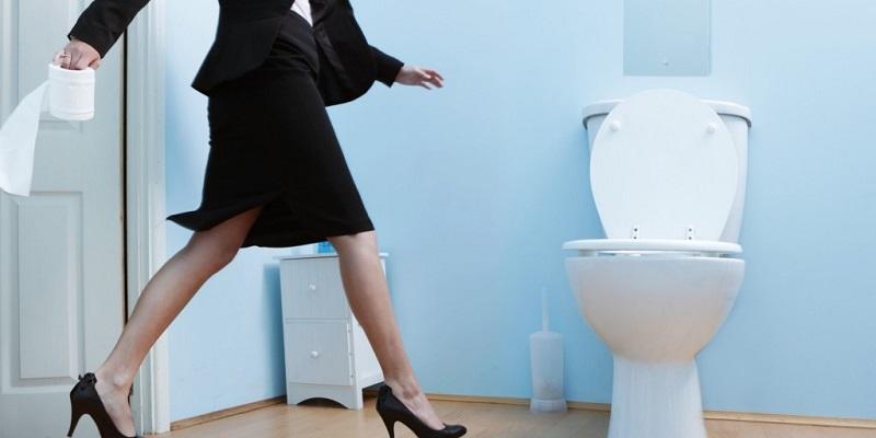 https: img.okeinfo.net content 2018 04 24 481 1890971 efektifkah-melapisi-permukaan-toilet-umum-dengan-tisu-sebelum-digunakan-oMj8WBh4ez.jpg
