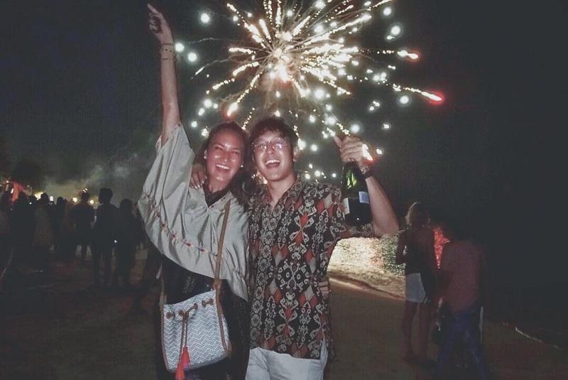 https: img.okeinfo.net content 2018 04 30 33 1893109 benar-menikah-dimas-anggara-nadine-chandrawinata-sudah-fitting-baju-rUlwGtll8C.jpg
