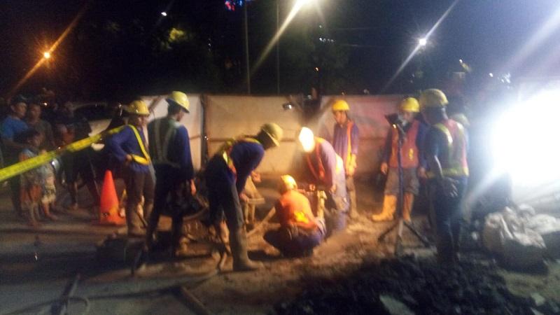 https: img.okeinfo.net content 2018 05 02 338 1893439 jatuh-dan-terjebak-di-gorong-gorong-pluit-pekerja-tewas-ZKYoJTqVLb.jpg