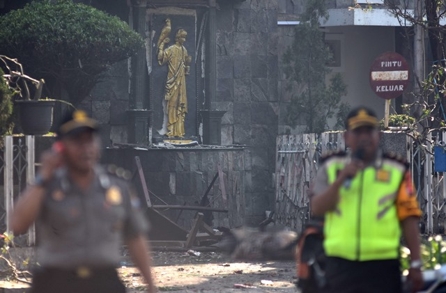 https: img.okeinfo.net content 2018 05 14 18 1897957 negara-sahabat-kecam-serangan-bom-surabaya-sampaikan-dukungan-pada-pemerintah-indonesia-It6v4XsK9D.jpg