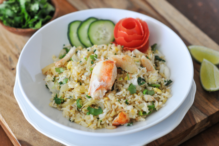 https: img.okeinfo.net content 2018 05 14 298 1898268 nasi-goreng-kepiting-ala-thailand-nikmatnya-makanan-pengganjal-perut-di-malam-hari-PZn7aTtA8q.jpg