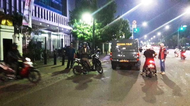 Suasana depan Mabes TNI AD pasca-kecelakaan motor (Fahreza/Okezone)