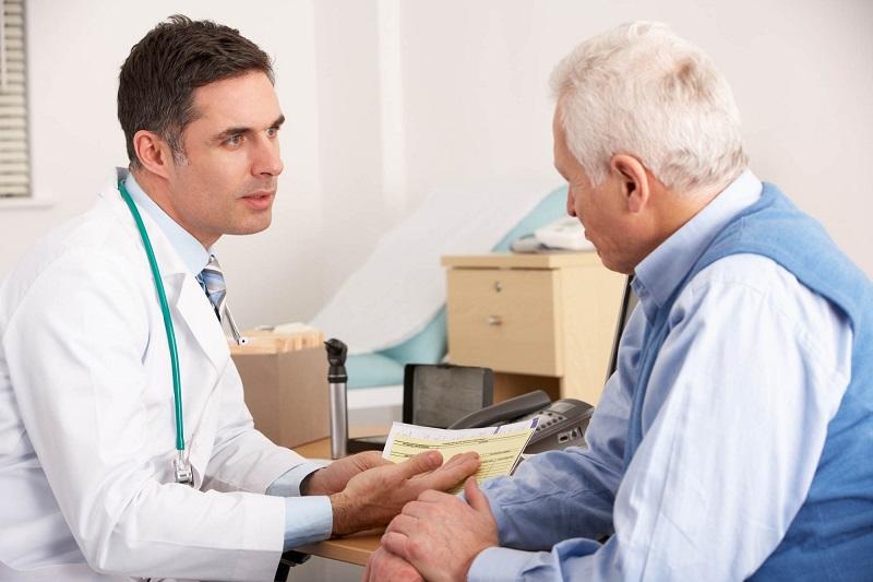 https: img.okeinfo.net content 2018 05 14 481 1898042 faktor-faktor-yang-dapat-meningkatkan-risiko-osteoporosis-pada-pria-xKKM0yVJSW.jpg