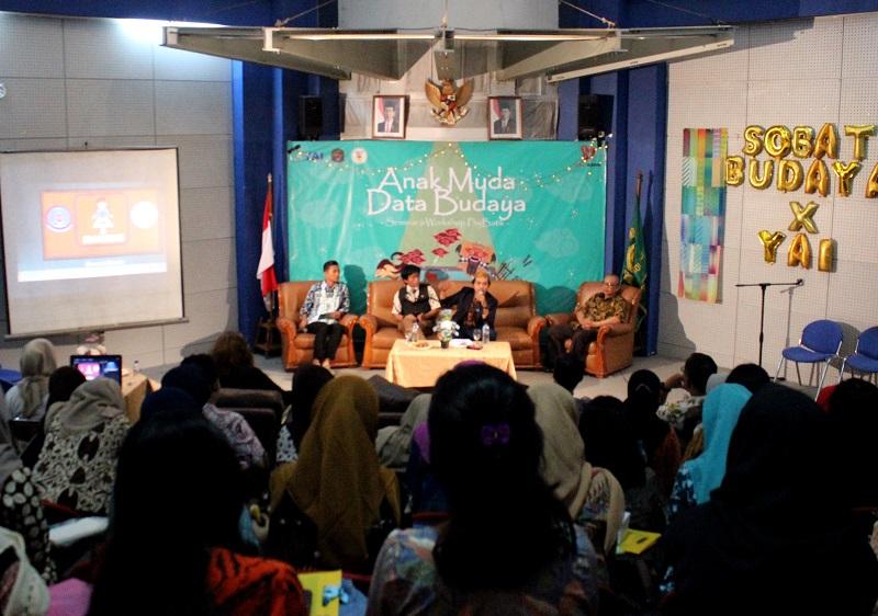 https: img.okeinfo.net content 2018 05 16 65 1898930 seminar-datathon-1k-budaya-tradisi-nusantara-workshop-fisika-batik-di-kampus-upi-y-a-i-EMuWymCeD3.jpeg