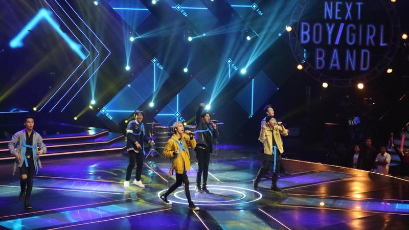 https: img.okeinfo.net content 2018 05 17 598 1899660 pecah-buka-the-next-boy-girl-band-team-boys-bikin-panggung-bergemuruh-N1Aznim6V7.jpg