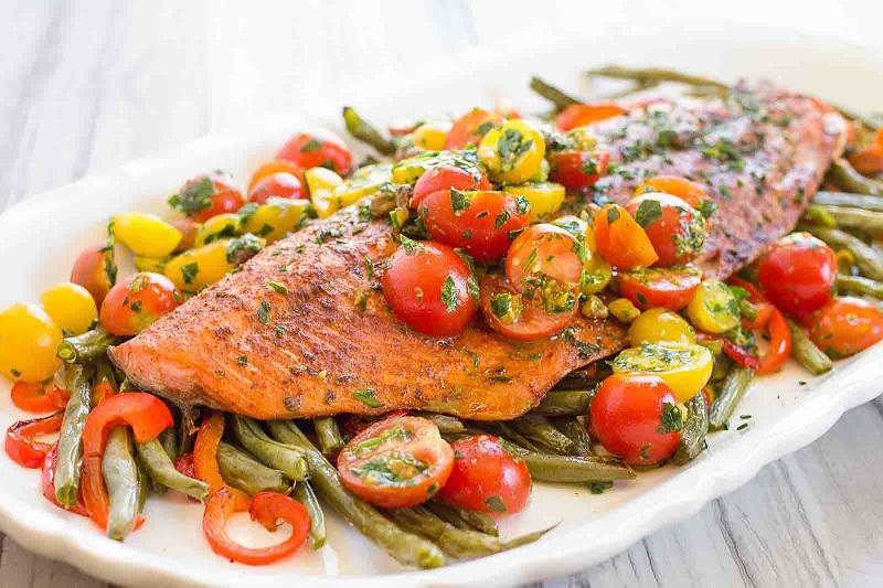 https: img.okeinfo.net content 2018 05 18 298 1899933 resep-souffle-keju-kakap-dan-salmon-panggang-tumis-sayuran-untuk-makan-sahur-Fywh8fKnFg.jpg