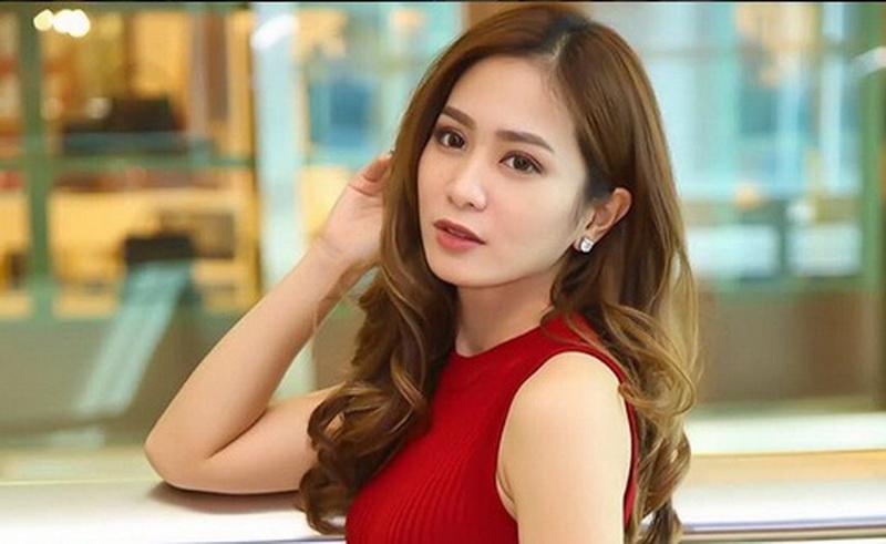 https: img.okeinfo.net content 2018 05 20 33 1900361 pamer-gaya-rambut-baru-bunga-zainal-dibanjiri-pujian-lDYAXAnOIs.jpg