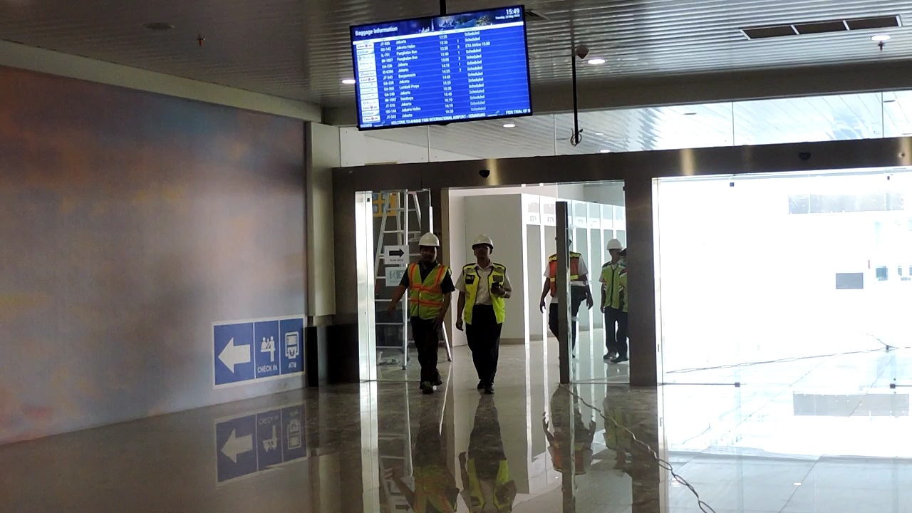 https: img.okeinfo.net content 2018 05 29 512 1904242 bandara-ahmad-yani-baru-semarang-mulai-beroperasi-6-juni-LPcOdM9LmN.jpg