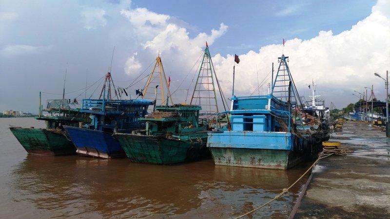 https: img.okeinfo.net content 2018 06 03 340 1905987 curi-ikan-di-perairan-indonesia-14-kapal-asal-vietnam-diamankan-zXpyyKbcu6.jpg