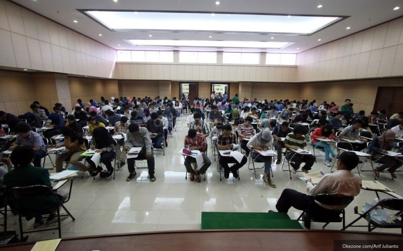 https: img.okeinfo.net content 2018 06 06 65 1907428 universitas-ahmad-dahlan-masuk-top-ten-perguruan-tinggi-indonesia-raeGAVbvZu.jpg