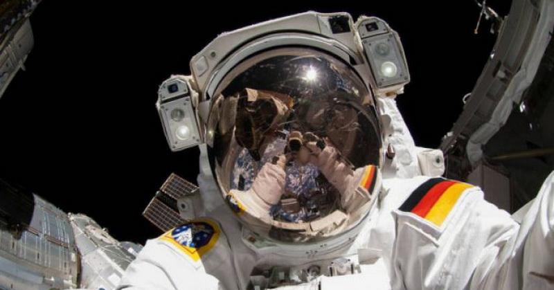 https: img.okeinfo.net content 2018 06 07 56 1907727 jalani-misi-5-bulan-tiga-astronot-diterbangkan-ke-stasiun-luar-angkasa-bMPkkbdbeU.jpg
