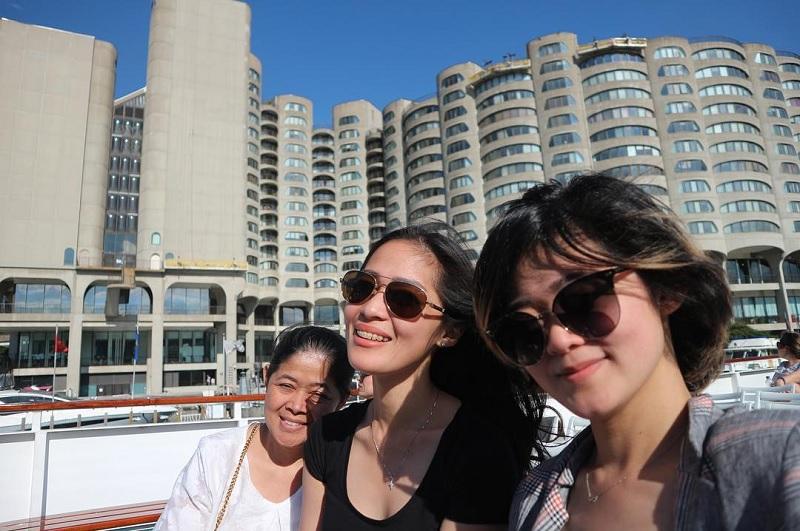 https: img.okeinfo.net content 2018 06 08 33 1908257 potret-kebahagiaan-foto-keluarga-ala-gracia-indri-di-kanada-CKAzOdrC4R.jpg
