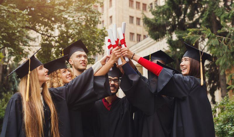 https: img.okeinfo.net content 2018 06 08 65 1908370 20-peringkat-universitas-terbaik-dunia-china-meroket-tajam-mhaN44Dwmg.jpg