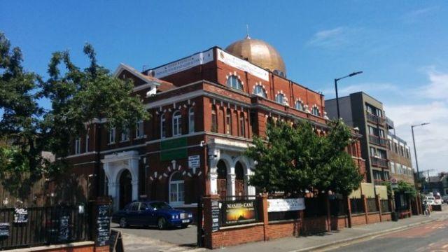 https: img.okeinfo.net content 2018 06 12 18 1909504 pimpinan-masjid-di-london-tegaskan-bitcoin-boleh-untuk-zakat-58EiDFYJiI.jpg