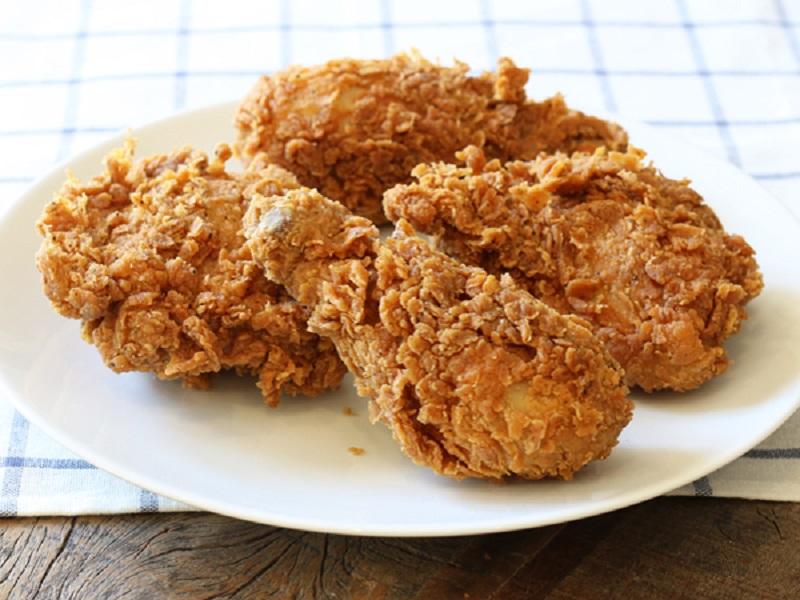 https: img.okeinfo.net content 2018 06 12 298 1909656 kabar-baik-buat-vegan-restoran-cepat-saji-ini-akan-luncurkan-ayam-goreng-vegetarian-vxvshAYS4c.jpg