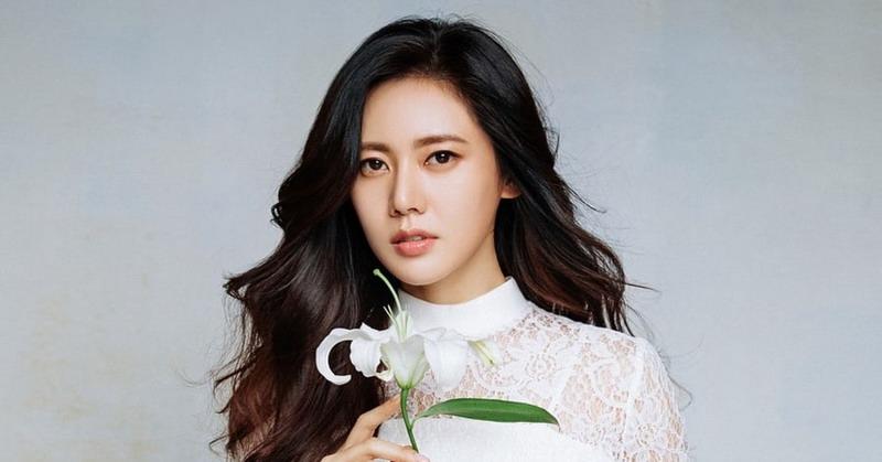 https: img.okeinfo.net content 2018 06 13 33 1909871 cinta-beda-negara-6-artis-korea-ini-menikah-dengan-bule-sl062vWNxo.jpg