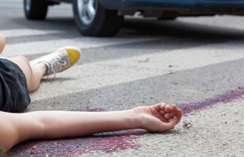 https: img.okeinfo.net content 2018 06 13 338 1910033 mudik-naik-motor-suami-istri-dan-anak-tewas-tertabrak-minimus-di-bogor-qRLanWM7MX.jpg