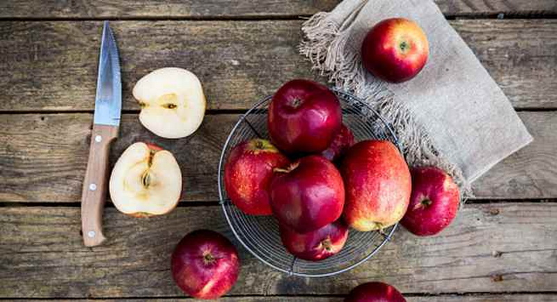 https: img.okeinfo.net content 2018 06 15 481 1910742 lebaran-banyak-makan-yang-berkolesterol-tinggi-ini-5-buah-untuk-mengendalikannya-ihbvaBYXfn.jpg