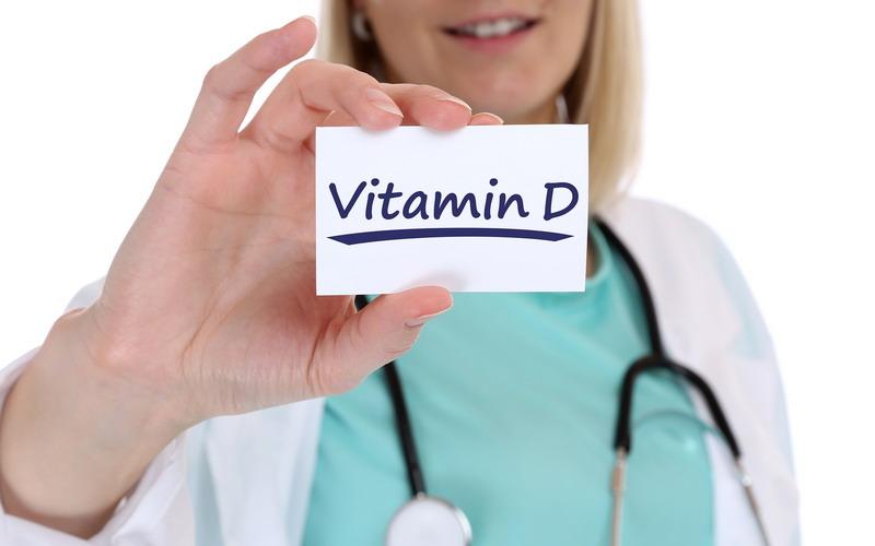 https: img.okeinfo.net content 2018 06 20 481 1911757 kekurangan-vitamin-d-coba-berjemur-di-sinar-matahari-murah-meriah-EK98nK6AN6.jpg
