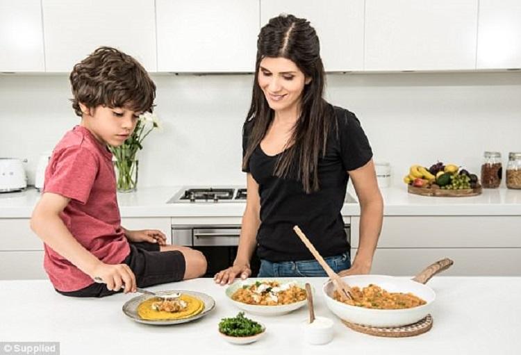 https: img.okeinfo.net content 2018 06 22 481 1912656 khawatir-anak-jajan-sembarangan-menu-camilan-ini-bisa-jadi-pilihan-enak-sekaligus-sehat-ZqWuYAXGyH.jpg