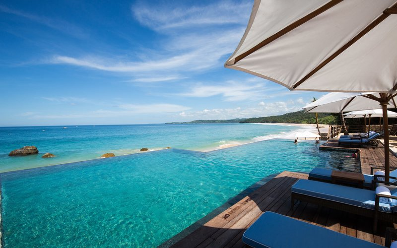 https: img.okeinfo.net content 2018 06 27 406 1914520 5-rekomendasi-hotel-paling-romantis-dari-belahan-negara-2-diantaranya-indonesia-SEbQXstM6A.jpeg