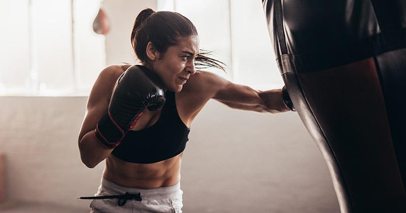 https: img.okeinfo.net content 2018 07 04 481 1917963 selain-proteksi-diri-ini-manfaat-latihan-boxing-untuk-perempuan-SaA4g8RBnb.jpg