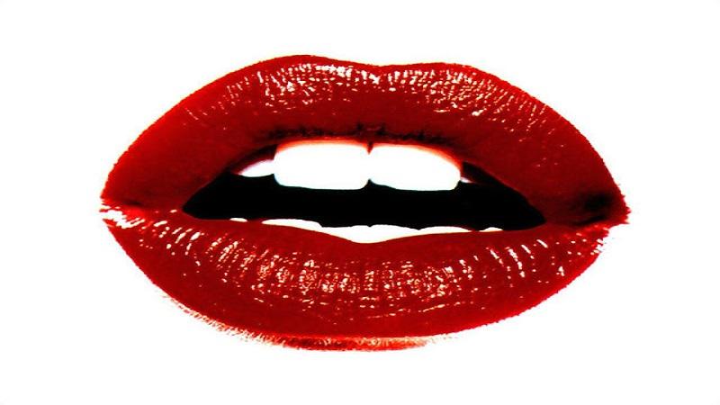https: img.okeinfo.net content 2018 07 05 194 1918260 merahkan-bibir-kamu-dengan-bahan-alami-ini-MRJuBEEQDP.jpg