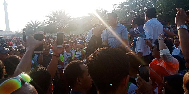 https: img.okeinfo.net content 2018 07 08 337 1919467 wiranto-buka-acara-jalan-sehat-dan-festival-seni-yang-diadakan-paguyuban-masyarakat-gorontalo-toUIVuoPb0.jpg