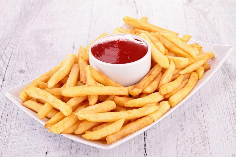 https: img.okeinfo.net content 2018 07 11 298 1920897 membuat-kentang-goreng-rumahan-serenyah-di-restoran-PzeLEom9j8.jpg