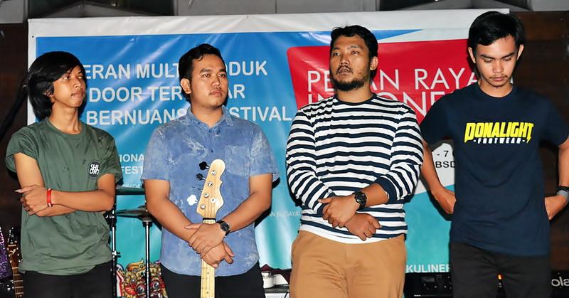 https: img.okeinfo.net content 2018 07 12 205 1921407 bersiap-pekan-raya-indonesia-bakal-hadirkan-internasional-indie-music-festival-wCB5UQJbMu.jpg