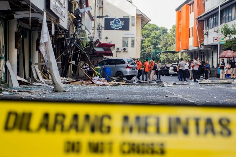 https: img.okeinfo.net content 2018 07 12 338 1921468 analisis-labfor-ini-penyebab-ledakan-dahsyat-di-ruko-grand-wijaya-FtUH5796IS.jpg