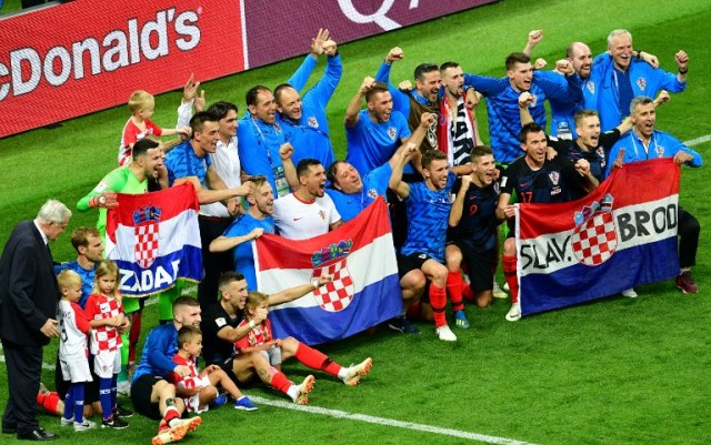 https: img.okeinfo.net content 2018 07 12 350 1921199 legenda-inggris-kroasia-memang-pantas-lolos-ke-final-piala-dunia-2018-TnZSCkKzkW.jpg