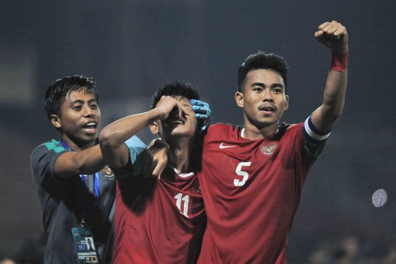 https: img.okeinfo.net content 2018 07 12 51 1921335 timnas-indonesia-u-19-siapkan-algojo-penalti-saat-hadapi-malaysia-LBko8Iw685.jpg