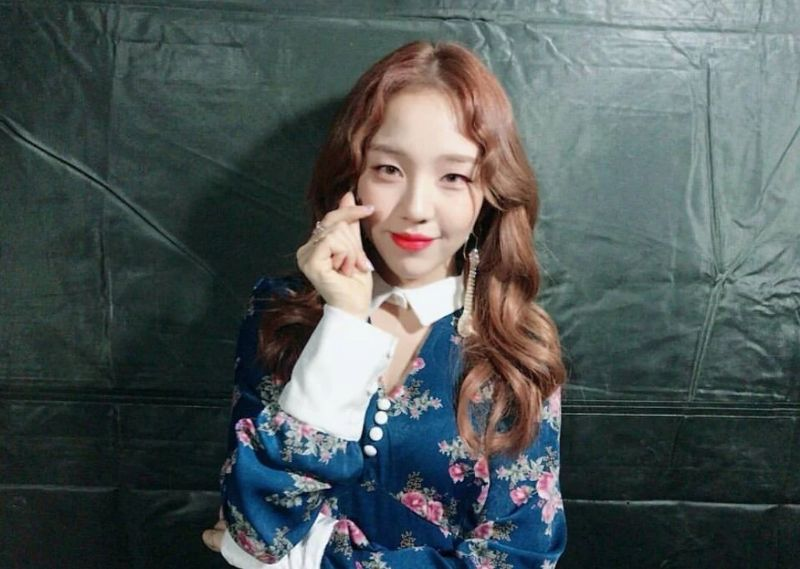 https: img.okeinfo.net content 2018 07 13 194 1921934 dipakai-banyak-idol-inikah-dress-wajib-girl-group-korea-zIc4jv3td7.jpg