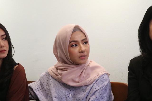 https: img.okeinfo.net content 2018 07 13 33 1922102 ini-makna-hijab-bagi-natasha-rizky-2Gyqb1GEpo.jpg