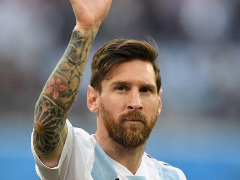 https: img.okeinfo.net content 2018 07 14 194 1922336 5-gaya-rambut-kece-pesepakbola-yang-bertempur-di-gelaran-piala-dunia-2018-eAguJ4tBnH.jpg