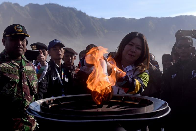 https: img.okeinfo.net content 2018 07 21 601 1925397 inasgoc-harap-api-obor-asian-games-2018-dapat-tularkan-semangat-ke-masyarakat-557ssPw7R4.jpg