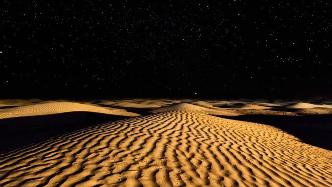 https: img.okeinfo.net content 2018 07 26 56 1927500 jumlah-bintang-di-alam-raya-diklaim-lebih-banyak-dari-seluruh-pasir-di-bumi-b7FEOPWltw.jpg