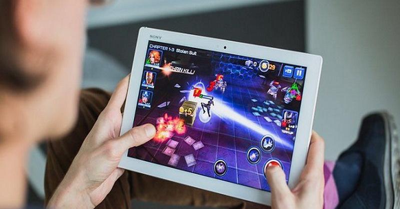https: img.okeinfo.net content 2018 07 31 326 1929622 ketahui-4-efek-positif-bermain-game-online-SOEvS1fDgX.jpg
