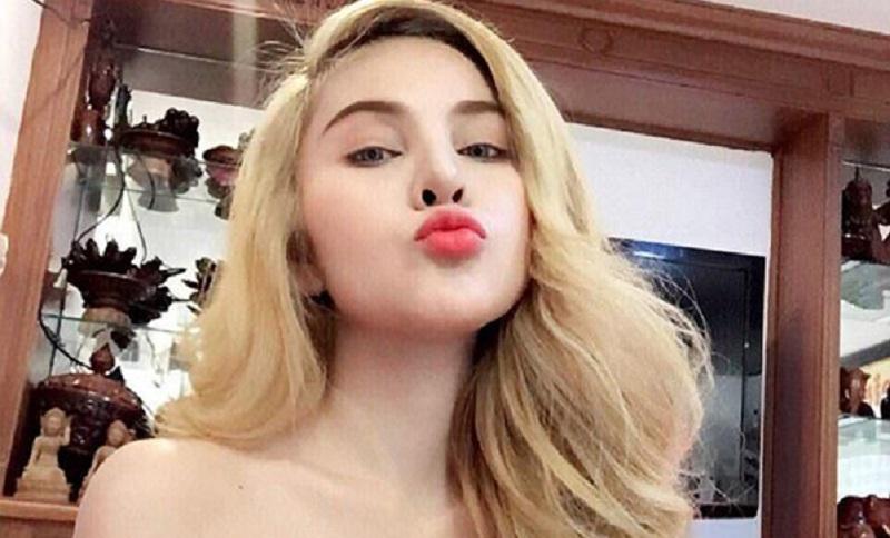 https: img.okeinfo.net content 2018 08 08 194 1933615 tubuhnya-terlalu-seksi-artis-cantik-ini-dilarang-main-film-kVmJ3zLsUY.Jpeg