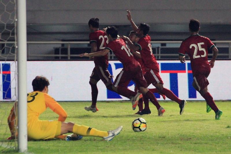 https: img.okeinfo.net content 2018 08 10 601 1934525 daftar-20-pemain-timnas-indonesia-u-23-di-asian-games-2018-3lvJvlK43N.jpg