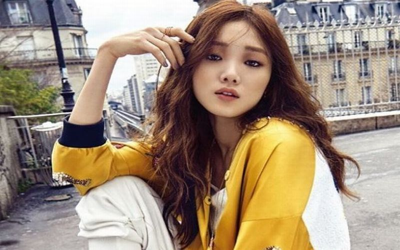 https: img.okeinfo.net content 2018 08 12 194 1935573 rahasia-cantik-alami-bintang-k-pop-lee-sung-kyung-UicC154tZZ.JPG