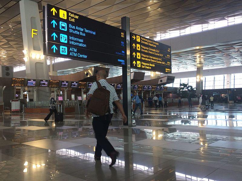 https: img.okeinfo.net content 2018 08 13 320 1935658 lewat-video-jokowi-pamer-pembangunan-bandara-baru-yang-lebih-luas-dan-megah-Vpmt8kagbz.jpg