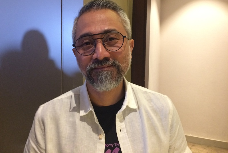 https: img.okeinfo.net content 2018 08 15 33 1936633 asian-games-dianggap-halangi-kerja-begini-jawaban-nasionalis-lukman-sardi-9L6J2XCH4S.jpeg