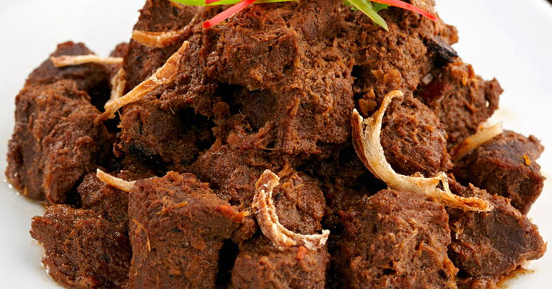 https: img.okeinfo.net content 2018 08 24 298 1940859 rendang-yang-lezat-dari-daging-kurban-simak-tipsnya-RfWfMc2MGF.jpg