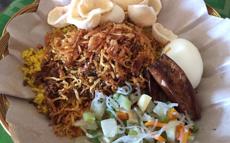 Nikmati Nasi Kuning Laksa Dan Abon Cakalang Di Gorontalo